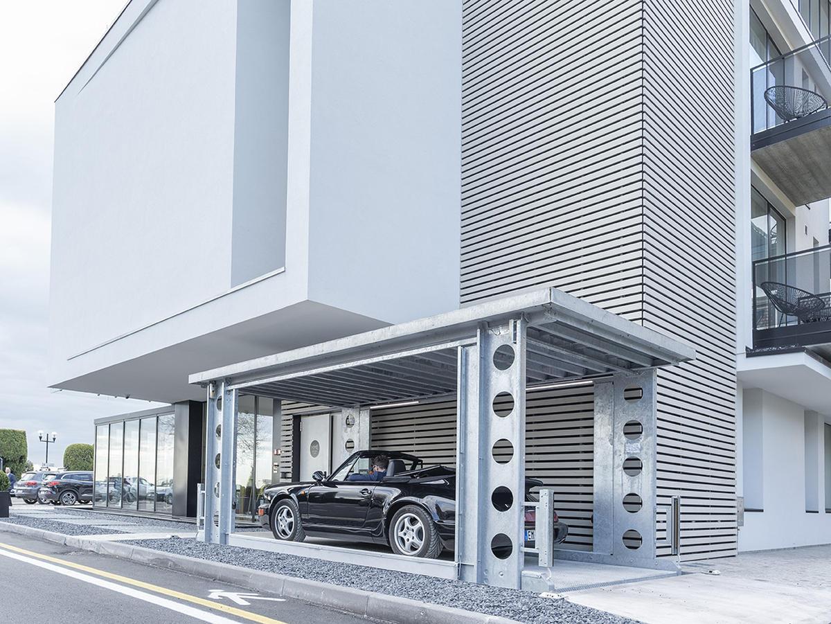 Mack Land LLC - Car Lift – The next generation in parking